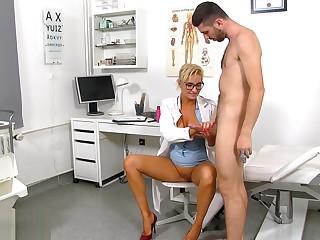 Sperm Hospital -Doctor Brigitta 1920x1080 4000k