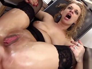 Slut Anita Vixen Has to Blow a Stiff Cock Before a Friend Starts To Fisting and Fucking Her Small Ass 720p