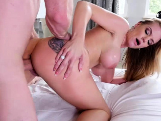 Rachael Cavalli catches stepson jerking