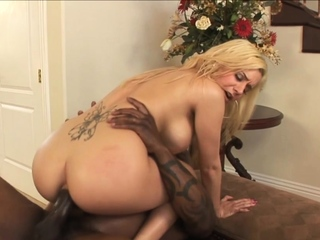 Mariah Madysinn Spreads Her Ass for BBC