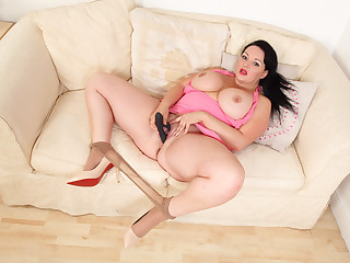 English milf Devon Breeze teases you with her fuckable body