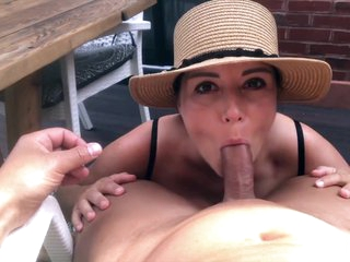 Sexy Brunette makes her Boyfriend Cum after a Titsfuck