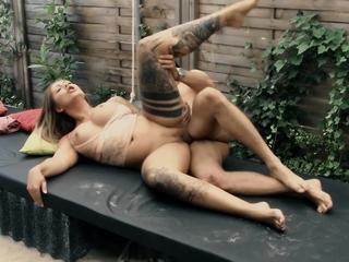 german big tits tattoo model seduced and fuck bareback