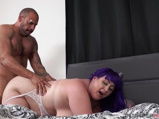 BBW in slutty nurse healing her patient