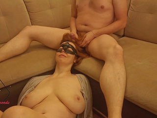 Wife Combs Sperm into her Hair after Fucking and Tittyjob.