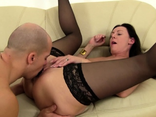 sex slave Mickey have to fuck her with dildo on face