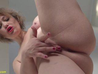 Mom Masturbate On Stairway
