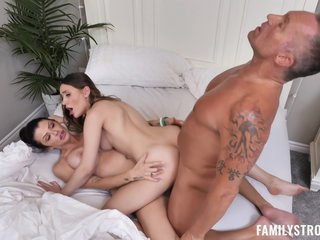Sera Ryder And Joslyn James - A Daughter From His Past