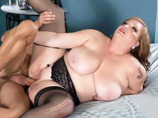 A Big Cock For Christine Cox - Christine Cox and Tony D'Sergio - XLGirls