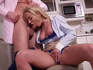 Isabelle Deltore - Neighbor Cums With Milf