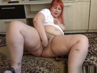 fisting Hand in beautiful bbw's big hairy pussy