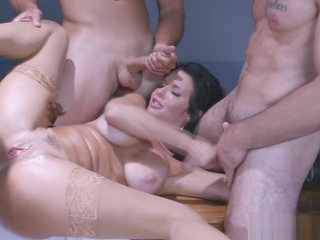 Three horny men and Veronica Avluv