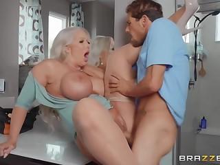Alura Tnt Jenson - Draining The Plumber's Cock