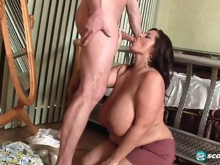 Chubby Milf Maria Moore Amazing Bbw Porn Clip