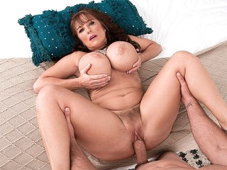 Shelby Gibson Goes All The Way...Again! - Shelby Gibson and J Mac - Scoreland