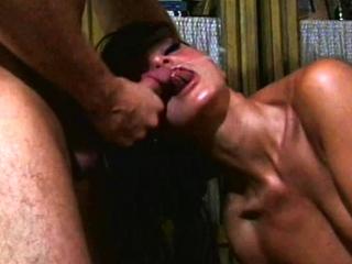 Blonde amateur milf does anal on pov camera 11