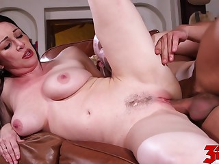 Rayveness Hot Mom Loves Cock