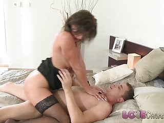 Love Creampie MILF business woman in stockings loves cock